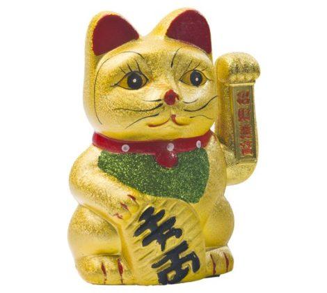 kot machający łapką maneki nek